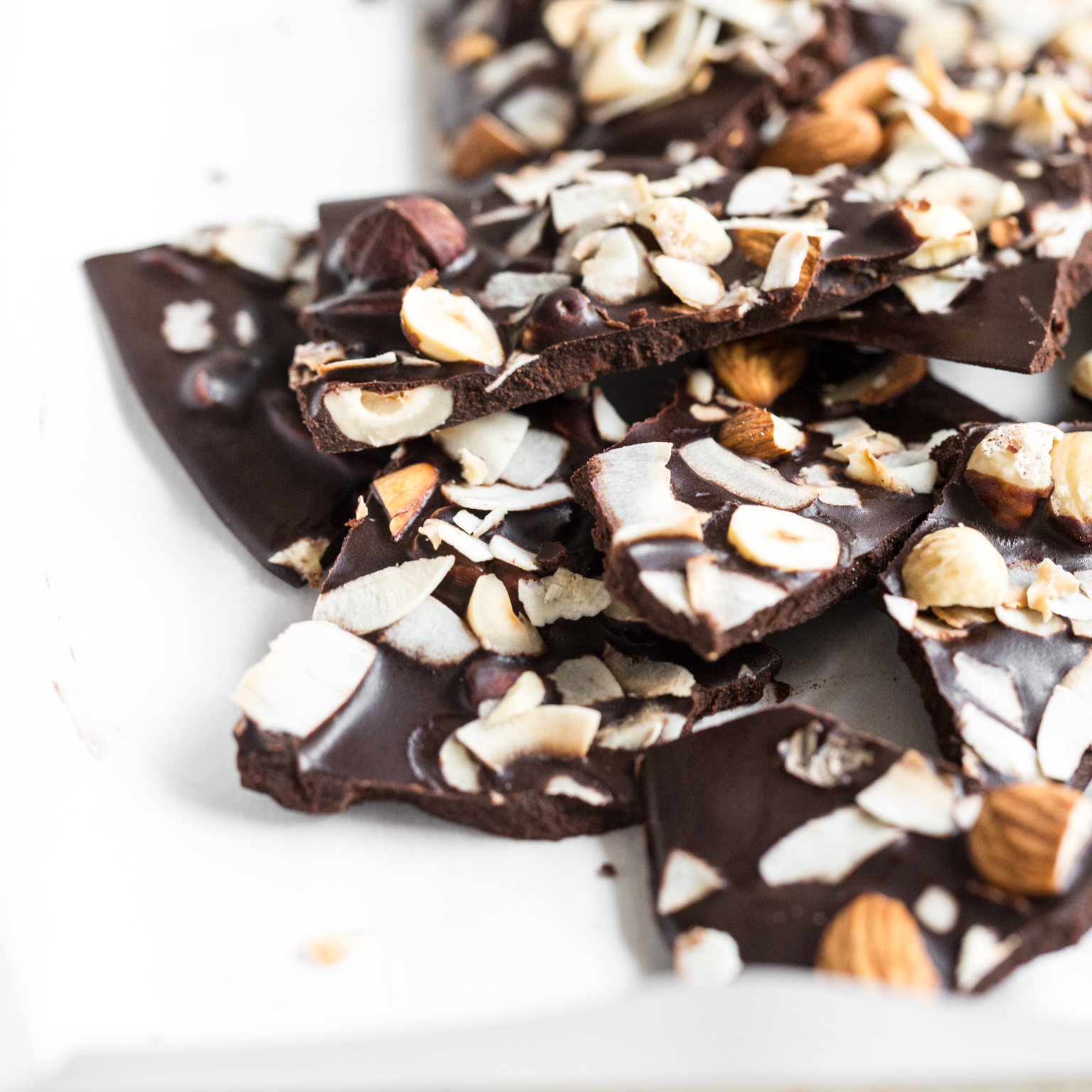 "Chocolate Cashews Dunmore Candy Kitchen: Crazy Good Coconut Oil ""Chocolate"" Bark"