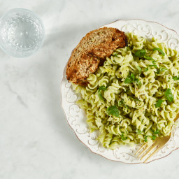 15-Minute Creamy Avocado Pasta