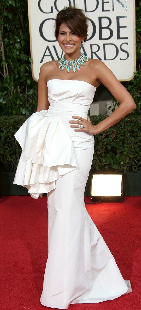 eva mendes golden globes 2009 08   Salmon Vegetable Medley + Neal Brothers Video