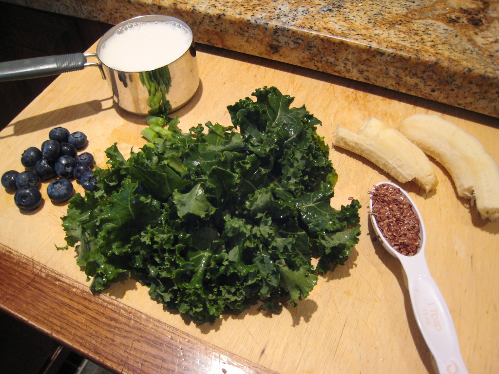 img 4779   Blueberry Banana Kale Smoothie