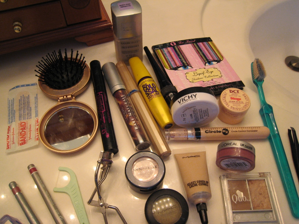img 5842   A Look Inside My Makeup Bag