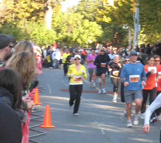 IMG 7009 thumb   Goodlife Fitness Toronto Half Marathon Race Recap!