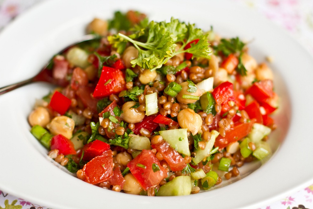 Back On Track Wheat Berry and Bean Salad — Oh She Glows