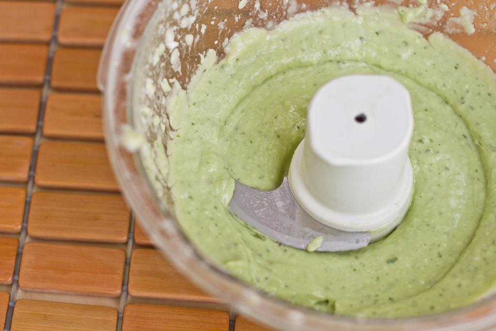 15 Minute Creamy Avocado Pasta — Oh She Glows