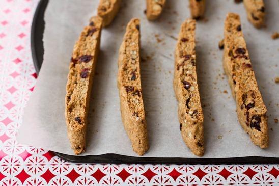 IMG 5365   Vegan Eggnog Crunch Biscotti + Giveaway!!!
