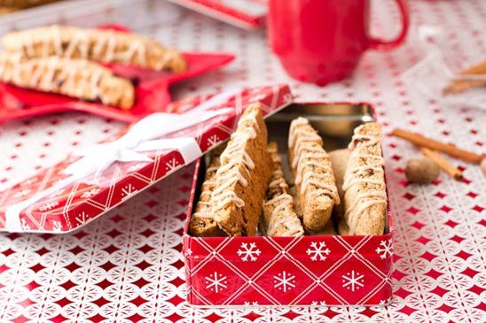 IMG 5397   Vegan Eggnog Crunch Biscotti + Giveaway!!!