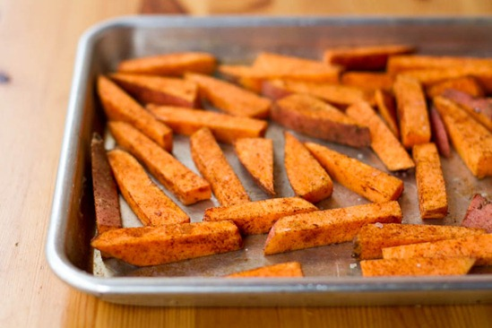 IMG 6298   Easy Weeknight Dinner: Crispy Breaded Tofu Strips & Sweet Potato Fries