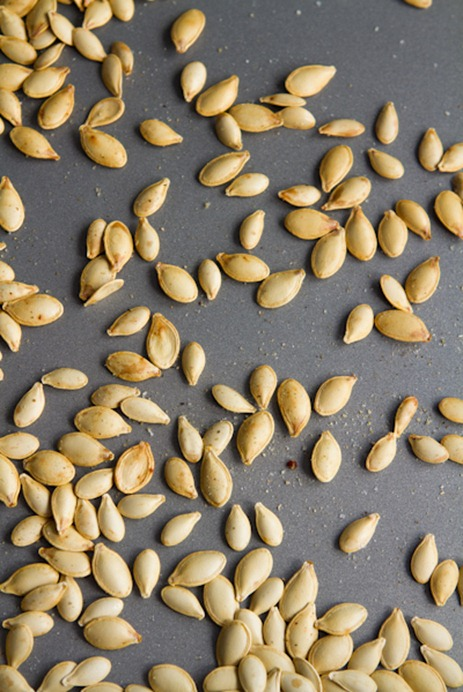 how to roast pumpkin seeds 5139   How To Roast Perfect Pumpkin Seeds – Easy, Crunchy, Addictive!