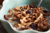 cinnamon bun granola-6628