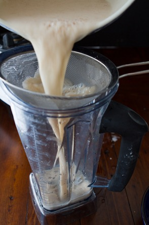 homemade oat milk 0132 thumb   Homemade Oat Milk – Easy, Fast, Cheap