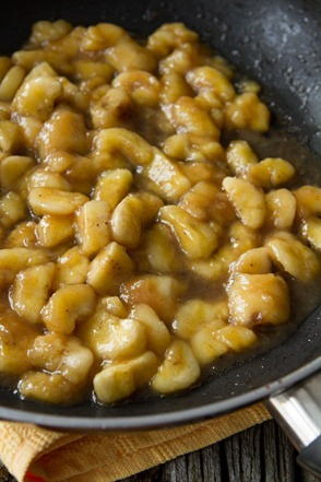 banana foster baked oatmeal 1703 thumb   Vegan Bananas Foster Baked Oatmeal