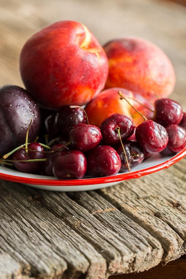 stonefruitcrispvegangf 8090   Summer Stone Fruit Crisp