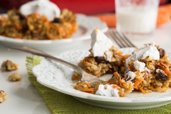 vegancarrotcakebakedoatmeal 6341   Heavenly Carrot Cake Baked Oatmeal