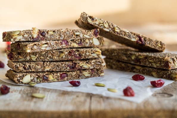 sugarfreegranolabar 4591   Back to School: 21 Portable Allergy Friendly Snack Recipes! Vegan, Gluten free, with Nut free options