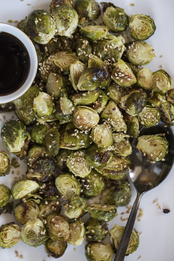 Mouth-Watering Crispy Brussels Sprouts (plus 7 ways to flavour them!)
