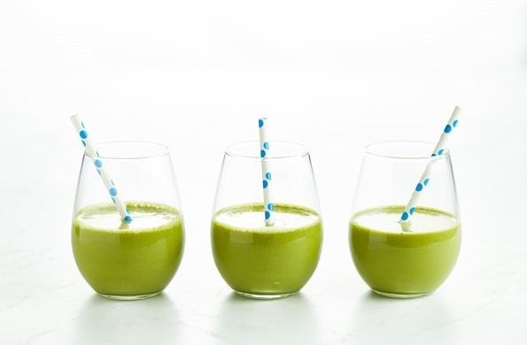 Matcha Wheatgrass Protein Smoothie 02850